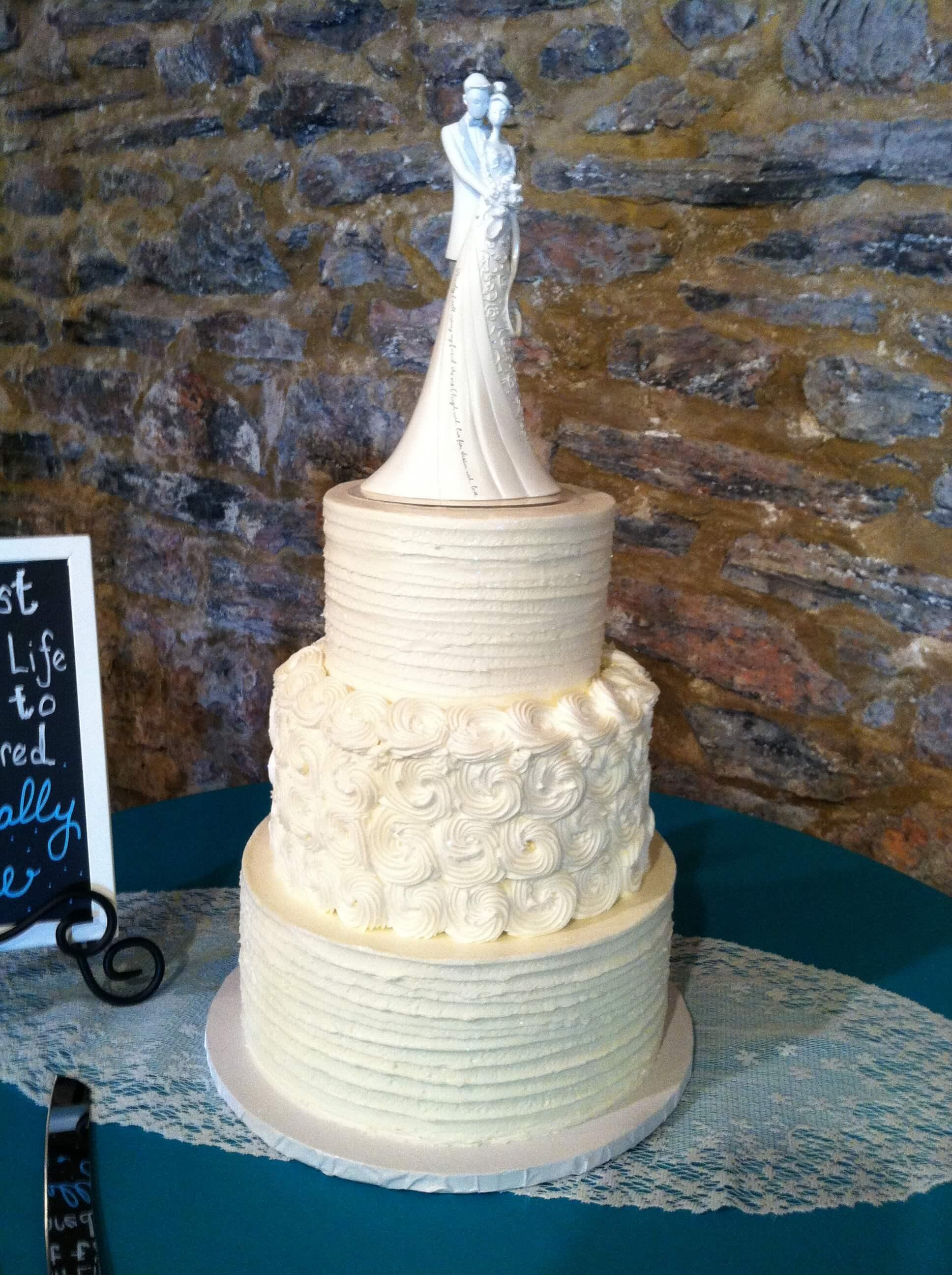 Wedding cakes the bake shoppe oregon dairy 301 junglespirit Choice Image