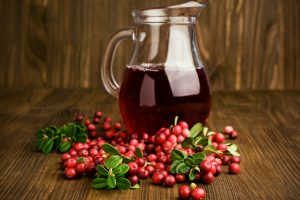 cranberry-juice-in-pitcher